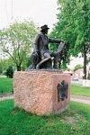 Иваново, памятник Наполеону Орде, 1997 г.