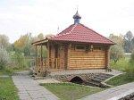 Логойск, часовня правосл. у криницы (дерев.), после 1990 г.